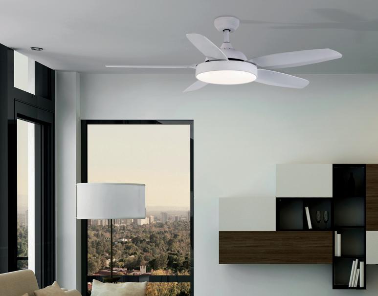 Iluminación en ventiladores muebles moya