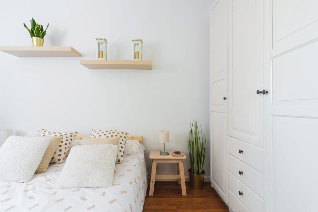 Muebles En Color Blanco Decoracion 2021